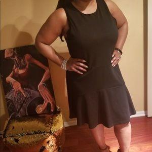 BB Dakota knee length black dress